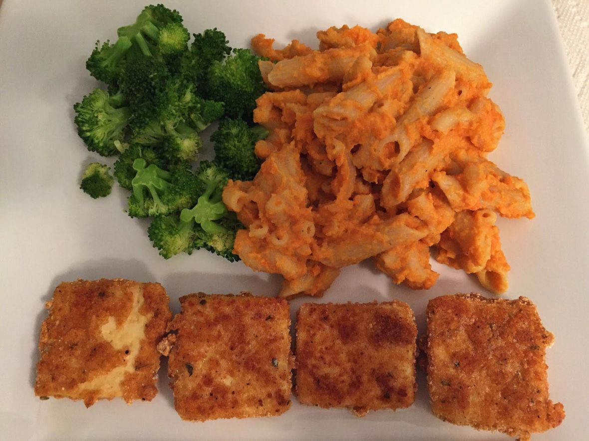 creamy-sweet-potato-mac-cheese-w-tofu-nuggets-insta