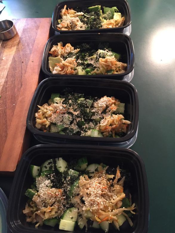 spicy-sushi-bowl-meal-prep-1