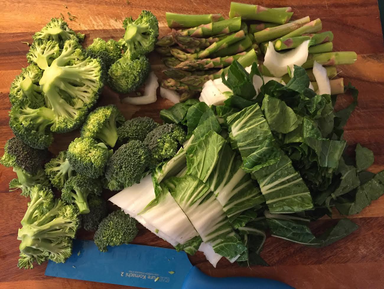 pra-ram-tofu-thai-peanut-sauce-veggies.jpg